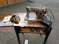 Singer sewing machine working open to offers
