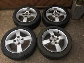 Smart forfour alloy wheels and tyres