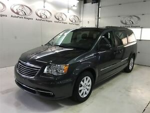 2015 Chrysler Town & Country Touring / DVD PLAYER / BLUETOOTH /