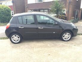 Renault Clio with Panoramic Roof £1400!!!!