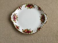 ROYAL ALBERT OLD COUNTRY ROSES CHINA ONE SANDWICH PLATE 10""
