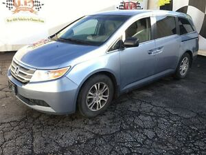 2011 Honda Odyssey EX, Automatic, Third Row Seating, Power Slidi