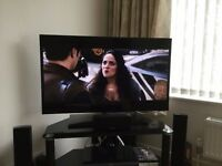 "SAMSUNG UE39F5500 Smart 39"" LED TV with wifi and web browser 2013 model"