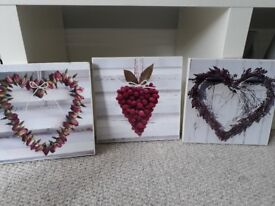 ** 3 x Shabby Chic Heart Prints **