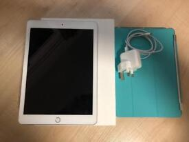 iPad 9.7 (5th Generation) 32gb Silver