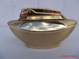 """CIGARETTE LIGHTER FAMOUS """"RONSON VARAFLAME ADELPHI"""" TABLE LIGHTER, 1960's RARE GOLD PLATE FINISH"""