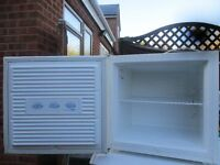 Freezer, Medium size Table top freezer in great condition, Works perfect