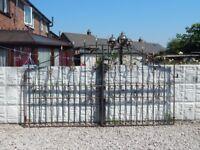 Wrought iron gates / Driveway gates / Garden gates / Metal gates / Steel gates / Double house gates