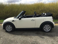 "Mini one convertible 2011 ""11"" facelift White with black roof"