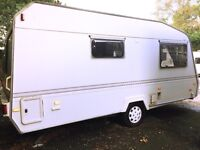 Crown Signet 1990 2 Berth With Full Awning
