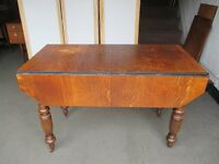 VICTORIAN SOLID OAK JOSEPH FITTER EXTENDING DROP LEAF DINING TABLE WITH WINDER