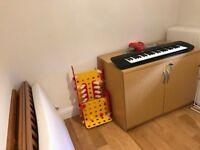 Childrens Casio Keyboard £5