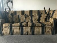 Vintage 4 seater knowle end settee