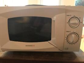 Microwave (broken)