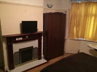 1 bedroom ground floor flat to let in East Ham Chadwell Hesth
