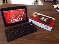Motorola Xoom 2 tablet and accessories