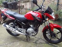 Yamaha YBR125,2015, RED, 1 OWNER ONLY 1600MILES, WARRANTY, HPI CLEAR,