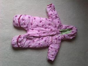 Girls snowsuit size 6 month