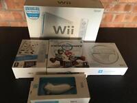 Nintendo Wii bundle inc Mario Kart