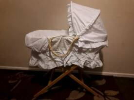 moses basket + mat for changes