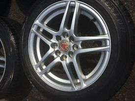 Alloy wheels and winter tyres x 4