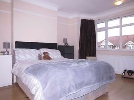 AVAILABLE GOOD SIZE FOR SHARERS 5 Bed Semi-Detached in Landseer Road, New Malden, London, KT3