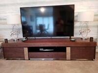 Modern Designer Walnut /Chrome TV / Entertainment Unit from Quatropi Cost £799 new !