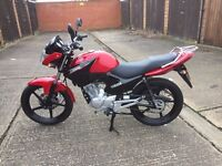 2016 Yamaha YBR125, Mint Condition, Only 575 Miles!