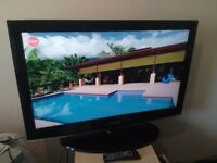 "Great condition 37"" SAMSUNG LCD TV hd ready freeview inbuilt"