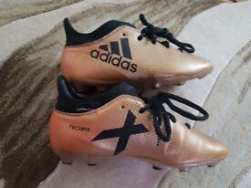 Great conditon football boots adidas size 13