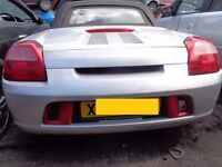 BREAKING --- Toyota MR2 Coupe 1.8L Petrol ----- 2000