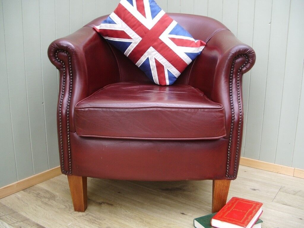 Stunning Brown Leather Chesterfield Tub Chair. | in Mold ...