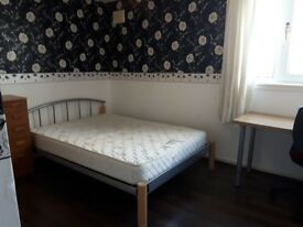 A lovely double room to rent for Summer
