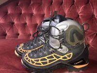 Aku Spider Kevlar GTX Mountaineering Boots size 9