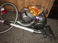 Dyson DC19 Cylinder Cleaner