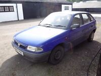 Reliable but middle aged Vauxhall Astra new M.O.T £450