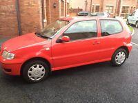 2001 Red VW Polo 1.4 MPi