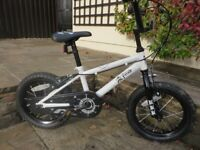 BOYS 14 INCH WHEEL PIRATE THEMED BIKE-EXCELLENT CONDITION