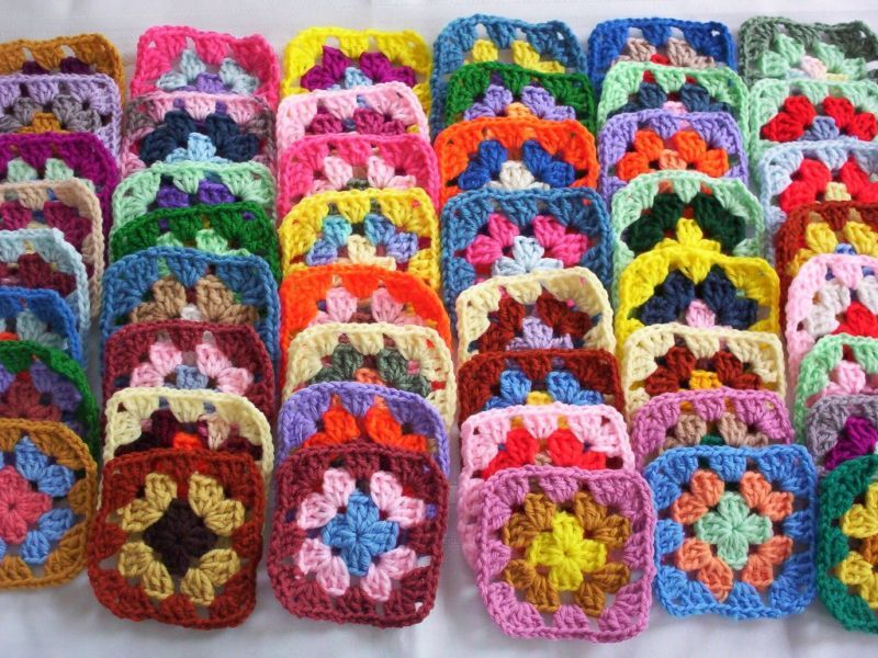 "30-4"" GRANNY SQUARES BLOCKS 4 AFGHAN, AFGHANS *ASSORTED COLORS ALL DIFFERENT"