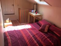 Two double rooms in spacious Levenshulme house