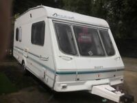 swift accord 490 5 berth