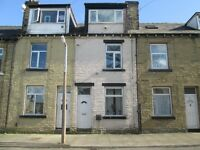 4 BED TERRACE TO LET IN EAST BOWLING