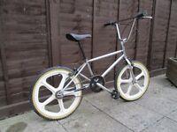 VINTAGE OLD CHROME BMX