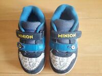 Boy's Trainers Size 8