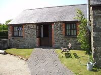 Flat to Rent--One bed barn conversion 4 miles from Bude-Furnished