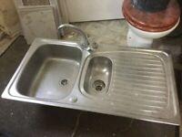2 Stainless steel sinks