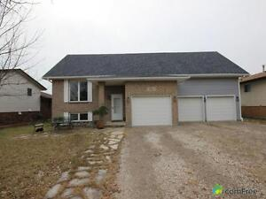 $279,000 - Raised Bungalow for sale in Amherstburg