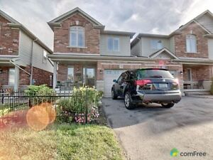 $549,900 - Townhouse for sale in Grimsby
