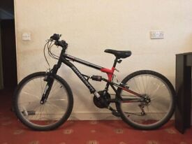 Ammaco Summit 24 Inch Wheel Kids Mountain Bike Black/Used As New Condition