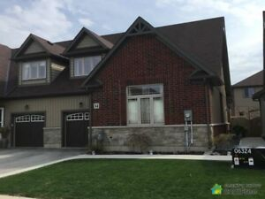$469,900 - Townhouse for sale in Binbrook